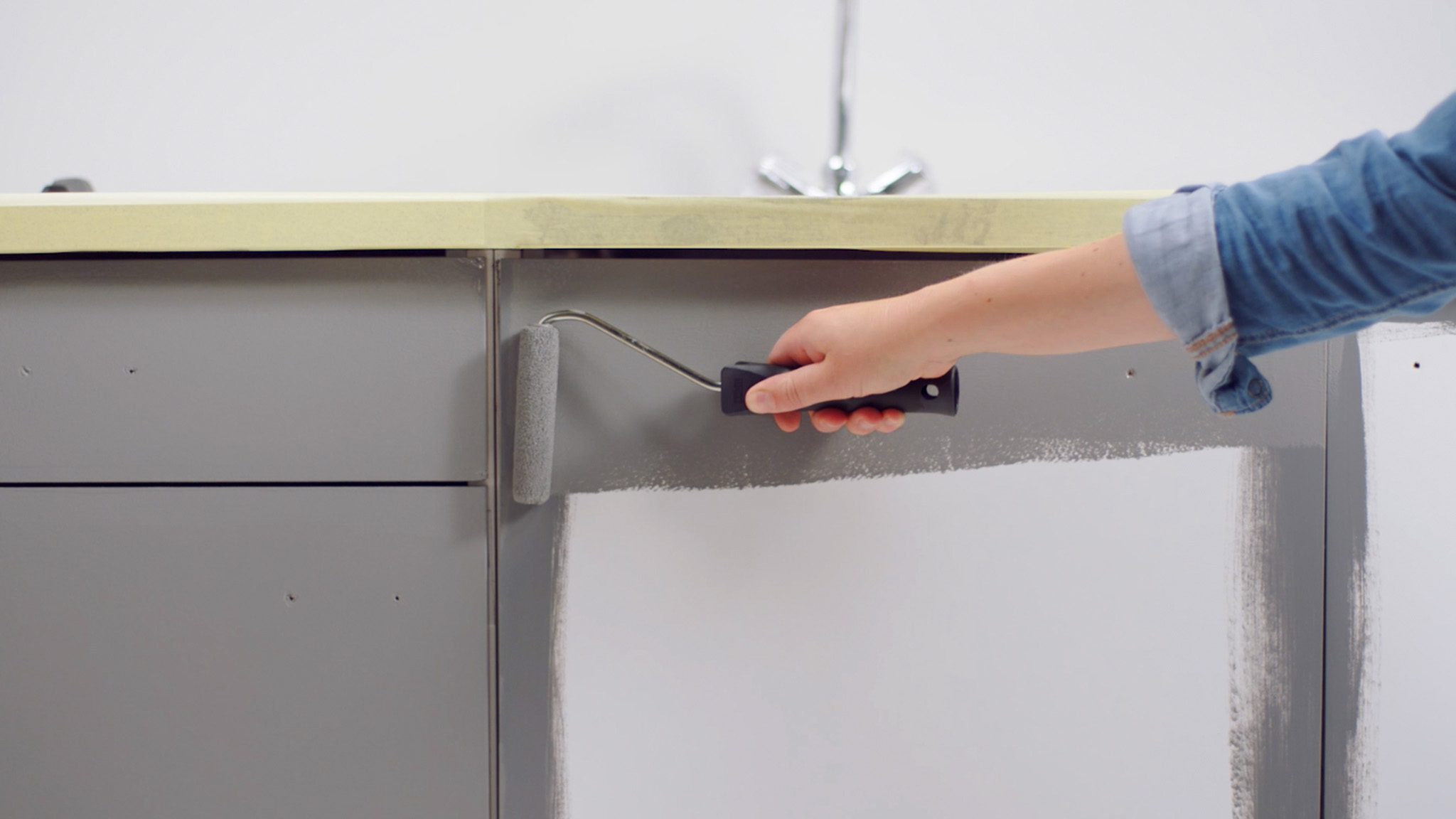 How To Paint Kitchen Cabinets Dulux